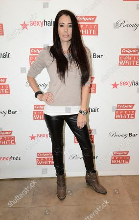 Amy Weber at the Colgate Optic White Beauty Bar - Golden Globes Weekend on in Los Angeles