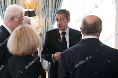 Former Prime Minister Lionel Jospin and Former French President Nicolas Sarkozy