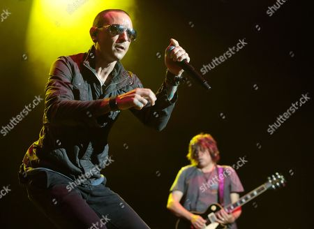 Chester Bennington, left, and Dean DeLeo of the band Stone Temple Pilots perform in concert during the MMRBQ Music Festival 2015 at the Susquehanna Bank Center, in Camden, N.J
