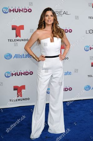 Maritza Rodriguez arrives for the Premios Tu Mundo Awards at the American Airlines Arena on in Miami, Florida