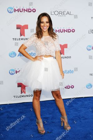 Maria Elisa Camargo arrives for the Premios Tu Mundo Awards at the American Airlines Arena on in Miami, Florida
