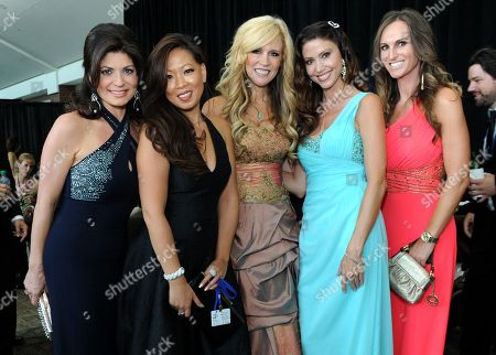 """Tamsen Fadal, left, Michelle Lau, Paige Hemmis, Shannon Elizabeth and Trevi Sawalich are seen at the Starkey Hearing Foundation's """"So the World May Hear"""" Awards Gala on in St. Paul, Minn"""