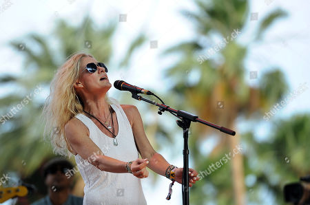 Shelby Lynne performs on day one of the 2014 Stagecoach Music Festival at the Empire Polo Field, in Indio, Calif