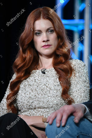 """Gillian Alexy participates in the panel for """"Outsiders"""" at the WGN America 2016 Winter TCA, in Pasadena, Calif"""
