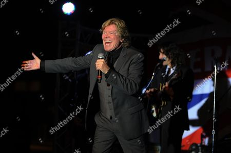 Hermans Hermits featuring Peter Noone perform at the Magic City Casino on in Miami, Florida. Photo by Jeff Daly/Invision/AP