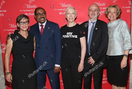 """Nancy Mahon, Global Executive Director of the MAC AIDS Fund, Michel Sidibe, Executive Director of UNAIDS, Annie Lennox, Singer, Songwriter, Activist and UNAIDS Global Goodwill Ambassador, Bernard Jomier: Deputy Mayor of Paris, Ambassador Debbie Birx, U.S. Global AIDS Coordinator, PEPFAR at """" The Problem Solvers: Cities on the Front Lines of HIV/AIDS"""", an Atlantic Forum presented by the MAC AIDS Fund and UNAIDS"""" on in New York"""