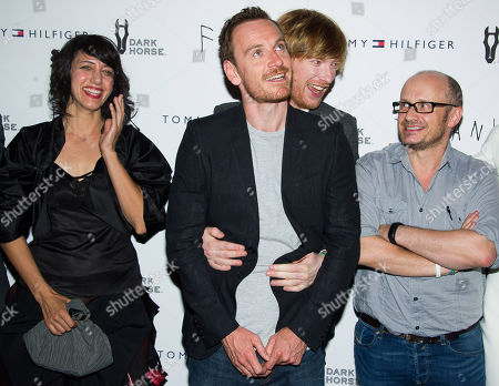 """Carla Azar, left, Michael Fassbender, Domhnall Gleeson and Lenny Abrahamson attend the """"Frank"""" premiere on in New York"""