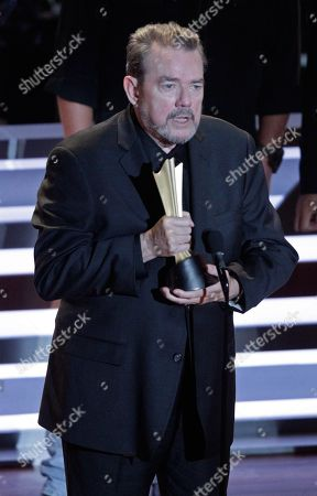 Jimmy Webb speaks as he receives the Poet's Award at 10th Annual ACM Honors at Ryman Auditorium, in Nashville, Tenn
