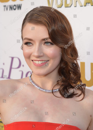 Sarah Belcher arrives at the 19th annual Critics' Choice Movie Awards at the Barker Hangar, in Santa Monica, Calif