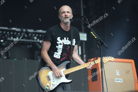 Fran Healy of British band Travis performs on the Virgin Media Stage as part of the V Festival at Hylands Parks, Chelmsford