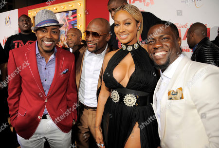 "Think Like A Man Too"" cast members Kevin Hart, right, and Alani ""La La"" Anthony, second from right, pose with boxer Floyd Mayweather Jr., second from left, and the film's producer William Packer at the premiere of the film, in Los Angeles"