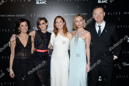 """Author Lisa Genova, left, Kristen Stewart, Julianne Moore, Kate Bosworth pose with director Wash Westmoreland at a special screening of """"Still Alice"""" at the Landmark Sunshine Cinema and Montblanc, in New York"""