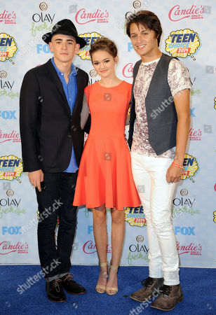 Charlie Rowe, from left, Ciara Bravo and Nolan Sotillo pose in the press room at the Teen Choice Awards at the Shrine Auditorium, in Los Angeles