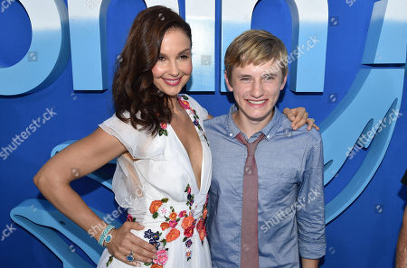 """Ashley Judd and Nathan Gamble seen at the Los Angeles Premiere of Warner Bros. Pictures' and Alcon Entertainment's """"Dolphin Tale 2"""" held at the Regency Village Theatre, Westwood, Calif"""