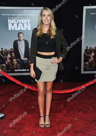 """Cassidy Gard arrives at the world premiere of """"Delivery Man"""" at The El Capitan Theatre on in Los Angeles"""