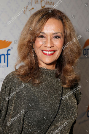 Marilyn McCoo arrives at the 10th annual Alfred Mann Foundation Gala, in Beverly Hills, Calif