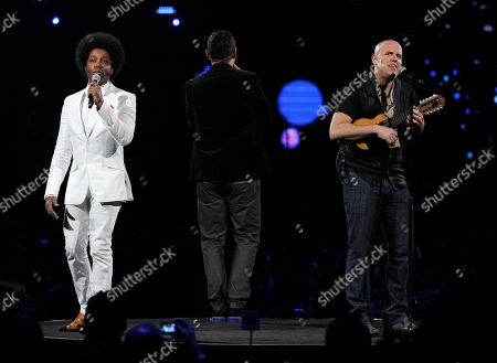 Alex Cuba, left, and Gian Marco perform at the Latin Recording Academy Person of the Year tribute, in Las Vegas
