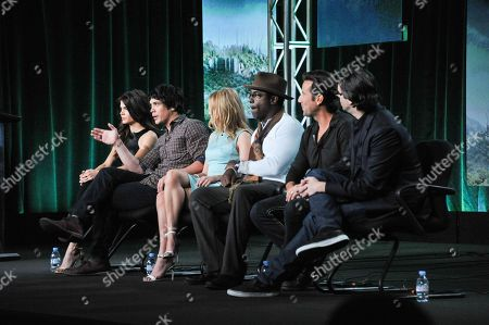 """Stock Picture of From left, Marie Avgeropulos, Bob Morley, Eliza Taylor, Isaiah Washington, Henry Ian Cusick, and Jason Rothenberg participate in the """"The 100"""" panel discussion at the CW Winter 2014 TCA Press Tour, Wed, in Pasadena, Calif"""