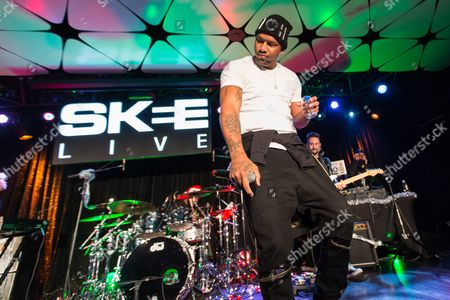 Joe Moses performs on stage during filming of SKEE Live on in Los Angeles, Calif