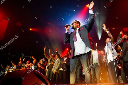 Hezekiah Walker performs during McDonald's Gospelfest 2013 at the Prudential Center on in Newark, NJ