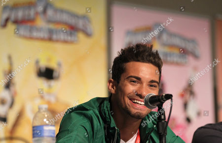 """Power Rangers Super Samurai"""" cast member Hector David Jr. answers a question from fans during an exclusive Q&A panel at the Power Morphicon Convention 2012, on in Pasadena, Calif"""