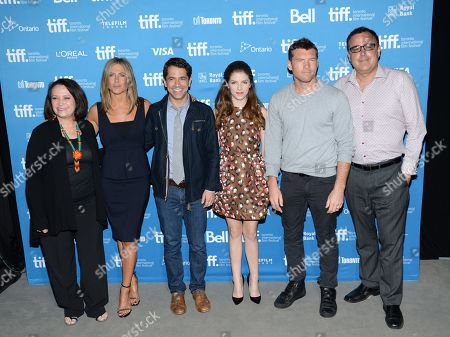 """Adriana Barraza, from left, Jennifer Aniston, Daniel Barnz, Anna Kendrick, Sam Worthington and Patrick Tobin attend the press conference for """"Cake"""" on day 6 of the Toronto International Film Festival at the TIFF Bell Lightbox, in Toronto"""