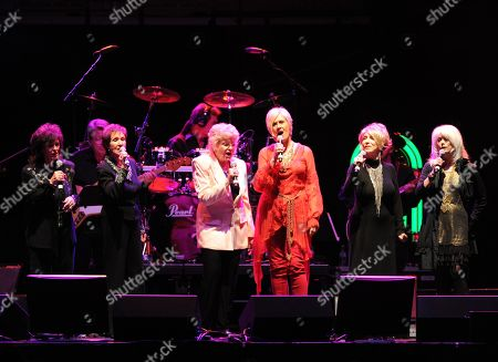 Leona Williams, Jan Howard, Jeanne Pruett, Janie Fricke, Jeannie Seely and Emmylou Harris perform at the George Jones Tribute - Playin' Possum: The Final No Show,, at the Bridgestone Arena in Nashville, Tenn