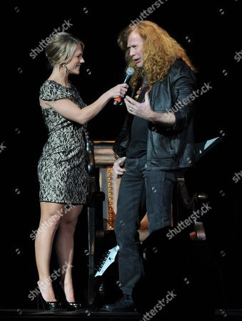Stacy McCloud talks with Dave Mustaine of Megadeth at the George Jones Tribute - Playin' Possum: The Final No Show,, at the Bridgestone Arena in Nashville, Tenn