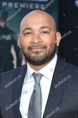 Maximiliano Hernandez arrives at the World Premiere of 'Captain America: The Winter Soldier' at the El Capitan Theatre,, in Los Angeles