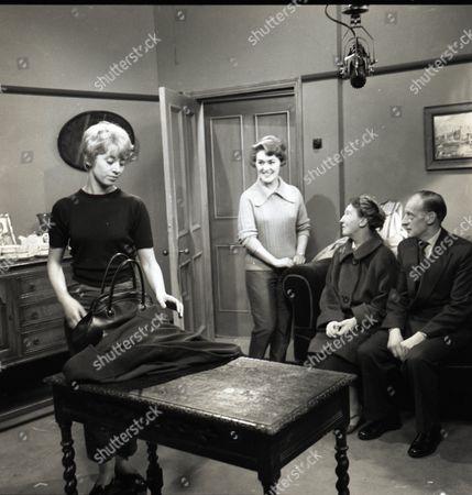 Renny Lister (as Jean Stark), Christine Hargreaves (as Christine Hardman), Beatrice Varley (as Mrs Stark) and John Barrett (as Mr Stark)