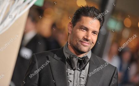 Manu Bennett arrives at the Los Angeles premiere of The Hobbit: The Battle Of The Five Armies at the Dolby Theatre on