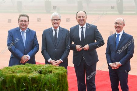 Willy Borsus, Rudi Vervoort, Geert Bourgeois, Rudy Demotte   at Ceremonial Welcome at the forecourt of Rashtrapati Bhavan (Presidential Palace)