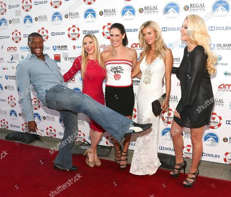 From left, Roger Cross, guest, Tiffany Michelle, Joanna Krupa and Shanna Moakler arrive at The Children's Charity Of Southern California Texas Hold 'Em Poker Tournament hosted by Variety at Paramount Studios on in Los Angeles, California
