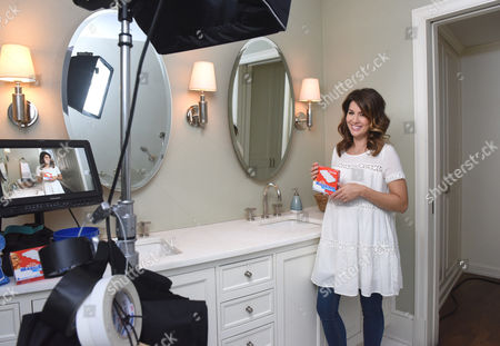In this photo released, design expertJillian Harris joins Mr. Clean to reveal Magic Eraser as her dirty little secret for spring cleaning on the set of theDirty Little Secretvideo shoot in New York