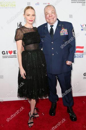 Kate Bosworth and Sgt Israel Del Toro Jr