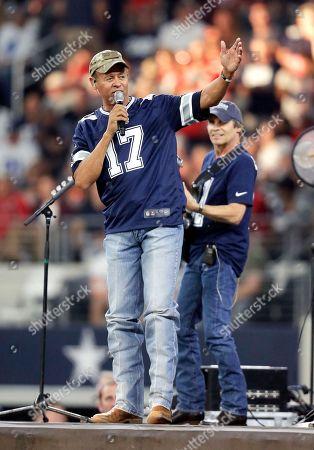 Editorial picture of Chiefs Cowboys Football, Arlington, USA - 05 Nov 2017
