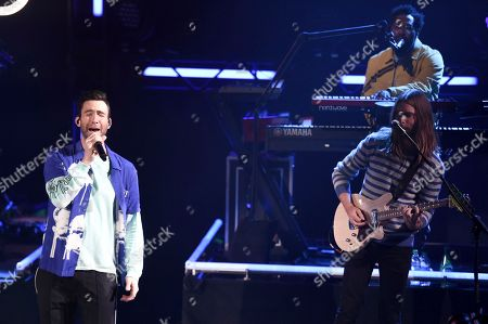 Maroon 5 - Adam Levine, James Valentine
