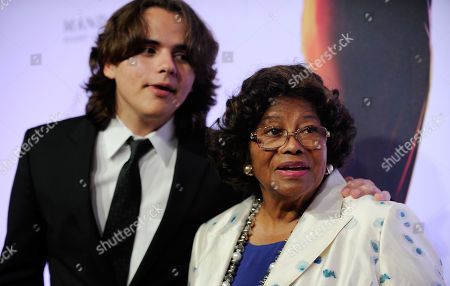 "Prince Jackson, left, and Katherine Jackson arrive at the world premiere of ""Michael Jackson ONE"" at THEhotel at Mandalay Bay Resort and Casino on in Las Vegas"