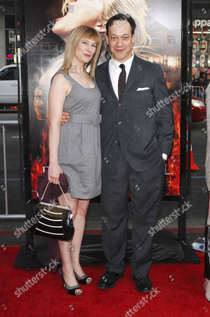 Ted Raimi and Suzanne Keilly