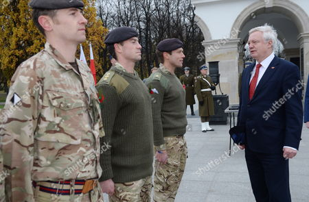 Britain's Secretary of State for Exiting the European Union David Davis at the Tomb of the Unknown Soldier at the Jozef Pilsudski Square in Warsaw, Poland, 08 November 2017. David Davis and British International Trade Minister Greg Hands will meet with Polish government officials in Warsaw to help break the stalemate in Brexit negotiations.