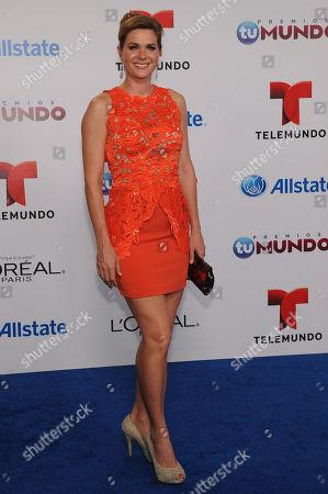 Sonya Smith attends Telemundo's Premios Tu Mundo Awards at American Airlines Arena on in Miami, Florida
