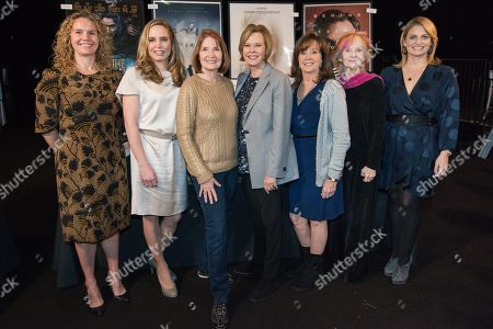 Treasury Wine Estates public relations director Elizabeth Hooker, Champagne Taittinger's Vitalie Taittinger, SAG Awards executive producer Kathy Connell, SAG Foundation Board President JoBeth Williams, The Screen Actors Guild Foundation Executive Director Cyd Wilson, actress Shelley Fabares and PEOPLE Magazine Editor Jen Garcia working at the behind the scenes day at the SAG Awards held at the L.A. Shrine Exposition Center, in Los Angeles