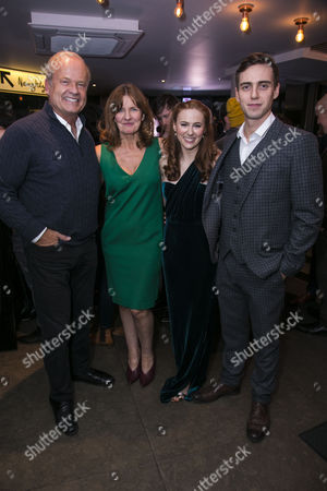 Stock Photo of Kelsey Grammer (Edward Bloom), Clare Burt (Sandra Bloom), Laura Baldwin (Story Sandra) and Jamie Muscato (Story Edward)