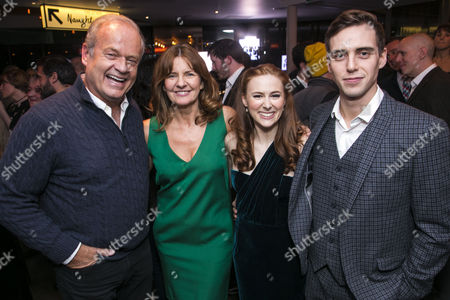 Kelsey Grammer (Edward Bloom), Clare Burt (Sandra Bloom), Laura Baldwin (Story Sandra) and Jamie Muscato (Story Edward)