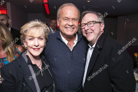 Stock Picture of Praticia Hodge, Kelsey Grammer (Edward Bloom) and Edward Hibbert