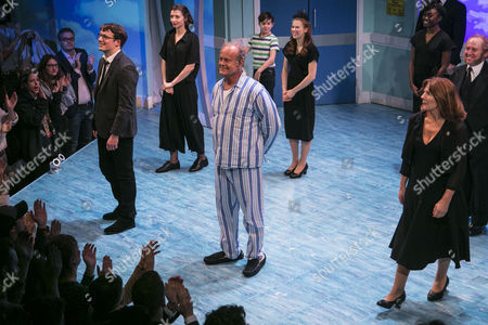 Matt Seadon-Young (Will Bloom), Kelsey Grammer (Edward Bloom) and Clare Burt (Sandra Bloom) during the curtain call
