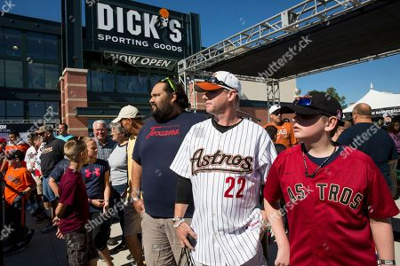 Fans wait in line to greet baseball legend Roger Clemens at DICK'S Sporting Goods Grand Opening at Willowbrook Mall in Houston, TX on