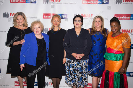 Cynthia McFadden, from left, Linda Deutsch, Anna Nemtsova, Lourdes Ramirez, Abigail Disney and Mwape Kumwenda attend the International Women's Media Foundation's 26th Annual Courage in Journalism Awards at Cipriani's 42nd Street, in New York