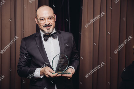 "Eddy Moretti poses for a portrait backstage after accepting the ""Award of Honor"" for VICE at The 24th Annual PEN Center USA Literary Awards Festival at The Beverly Wilshire Hotel, in Beverly Hills, Calif"