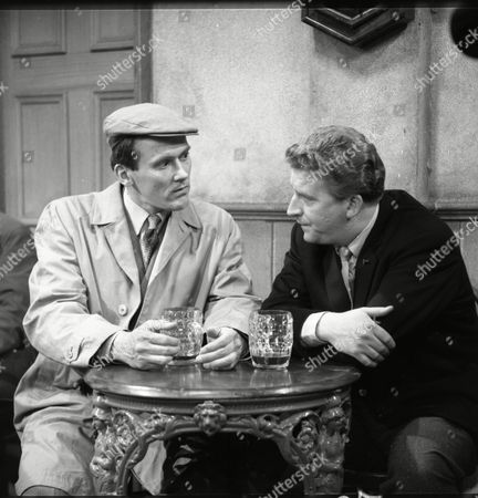 Dudley Foster (as Tom Hayes) and Peter Adamson (as Len Fairclough)